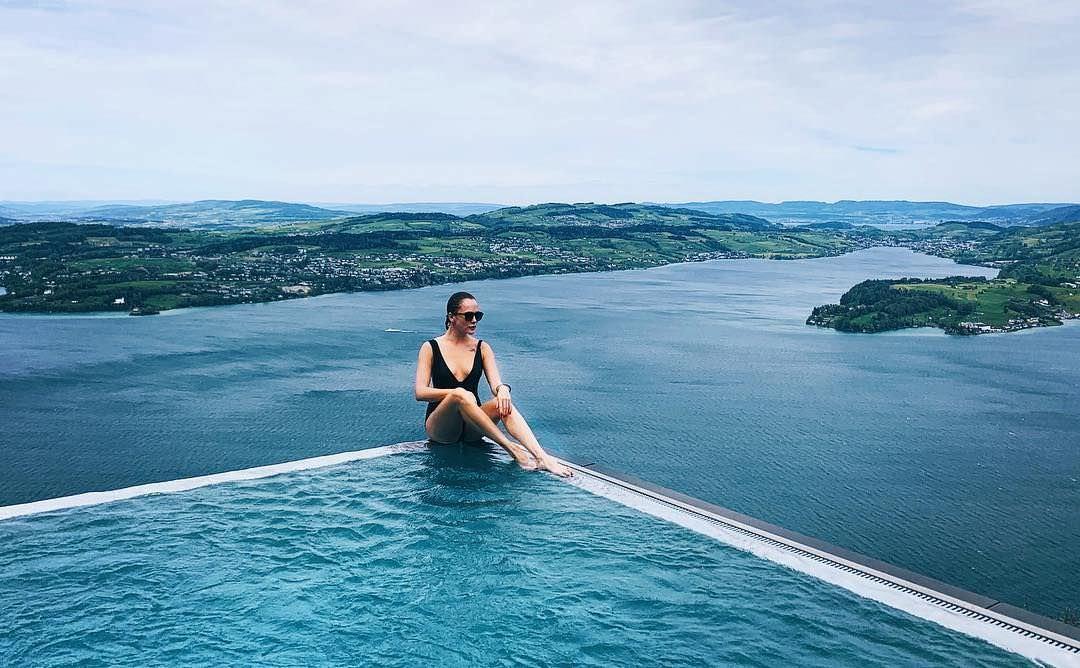Аглая Тарасова фото на отдыхе