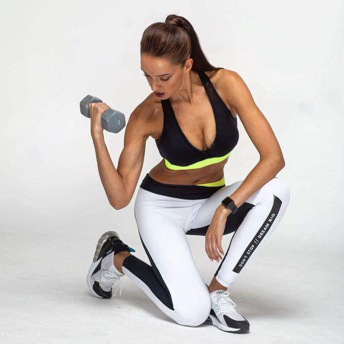 Татьяна Храмова фотография в спортивном костюме