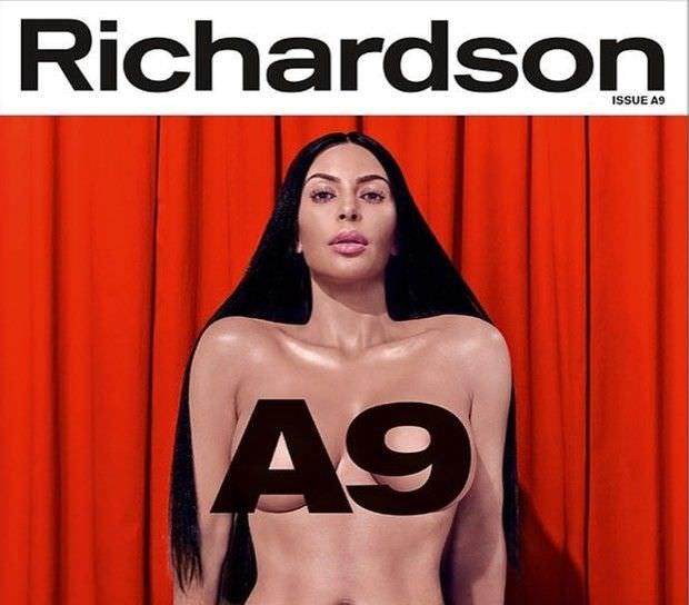Ким Кардашян фото без белья