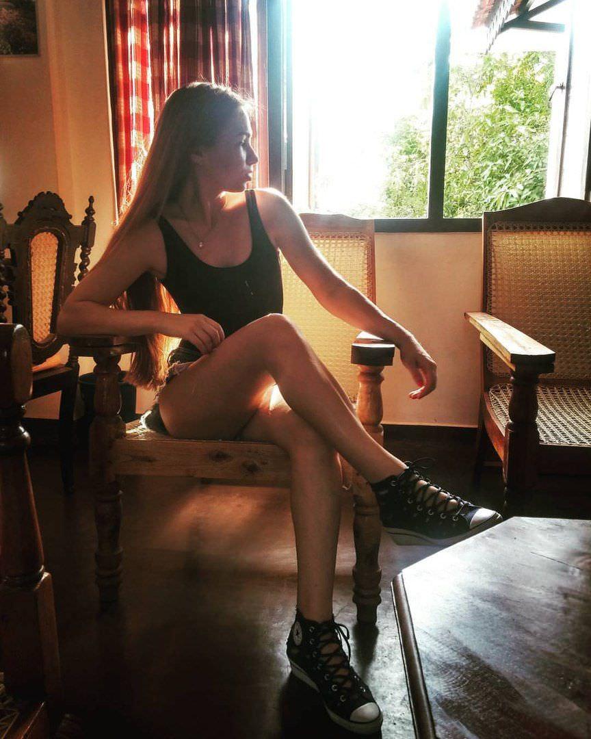 Яна Химченко фото в боди