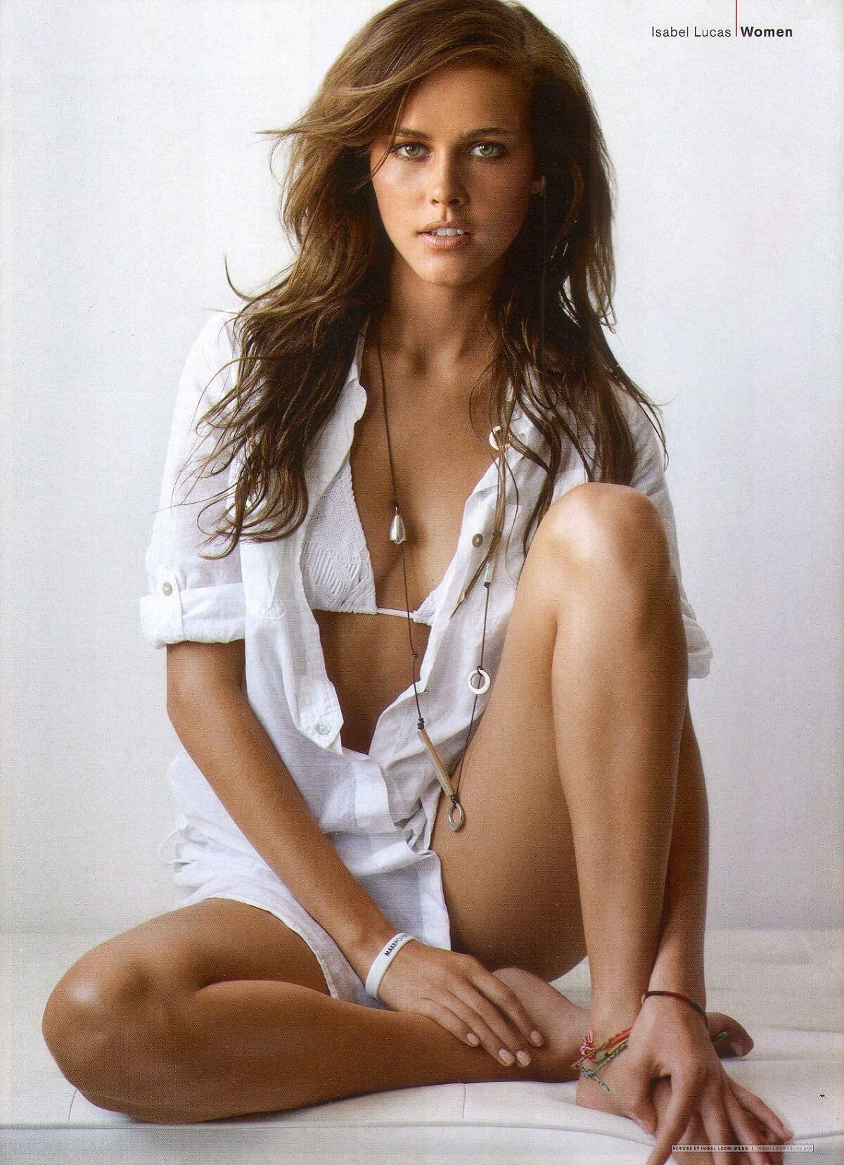 Изабель Лукас фото в белье