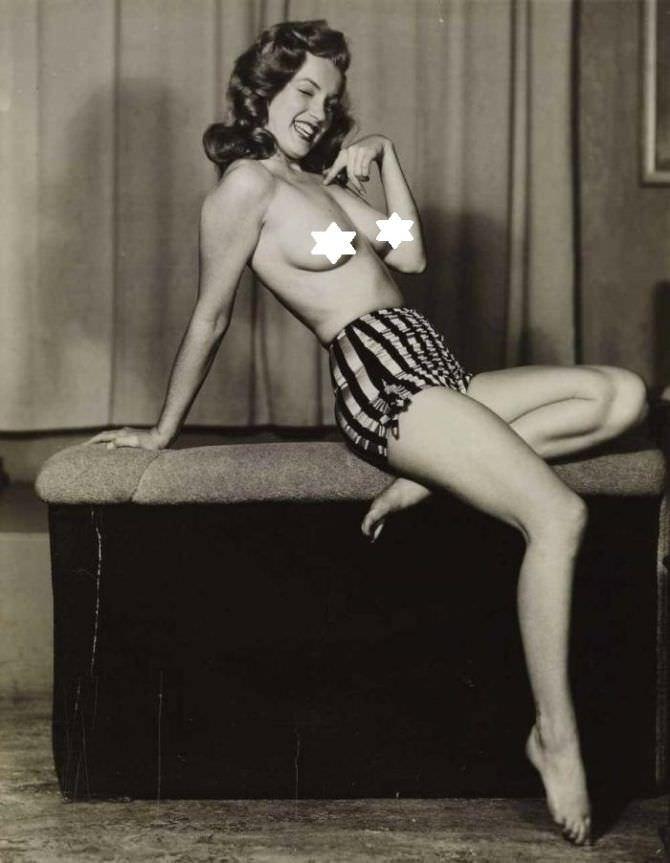 Мэрилин Монро скандальная фотография в молодости