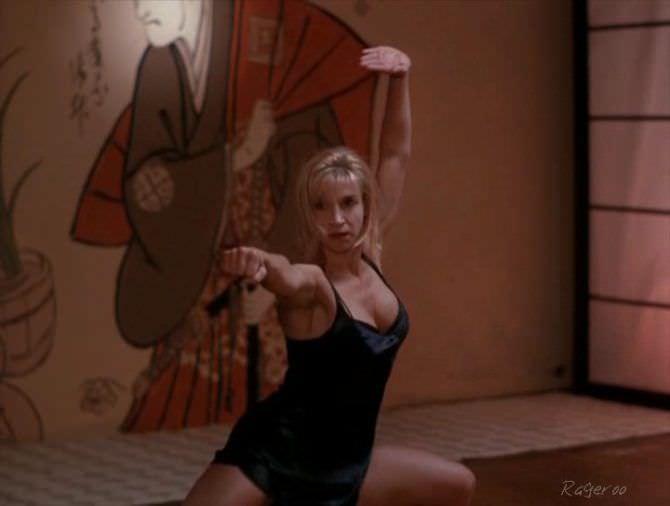 Синтия Ротрок кадр из фильма в белье