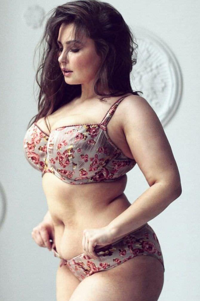 Светлана Каширова фото в белье в цветочек