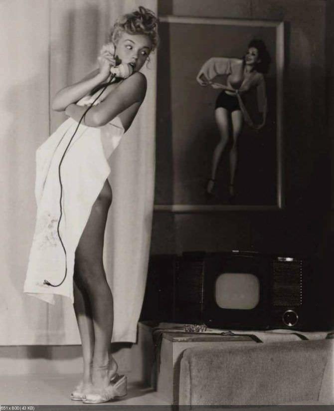 Мэрилин Монро откровенная фотография в молодости