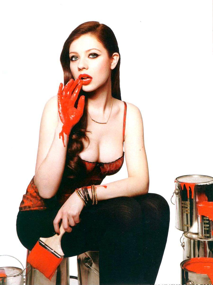 Мишель Трахтенберг фото с краской