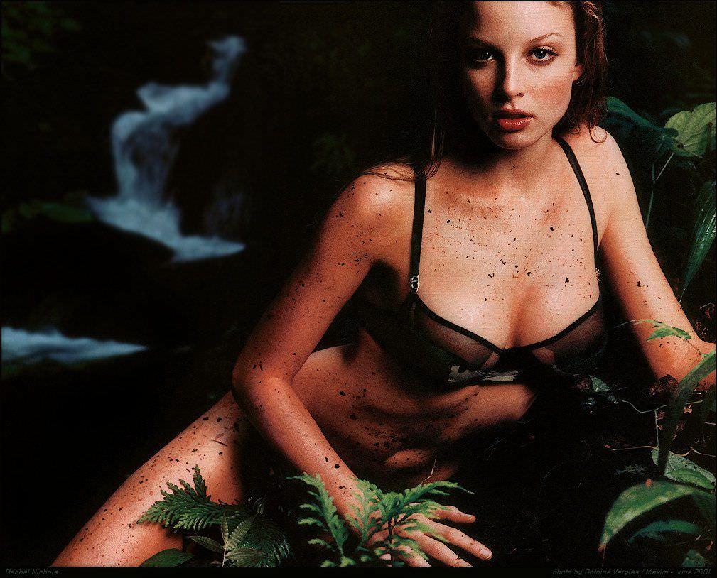 Рэйчел Николс фото в купальнике