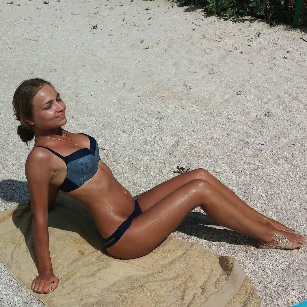 Яна Химченко фото на отдыхе