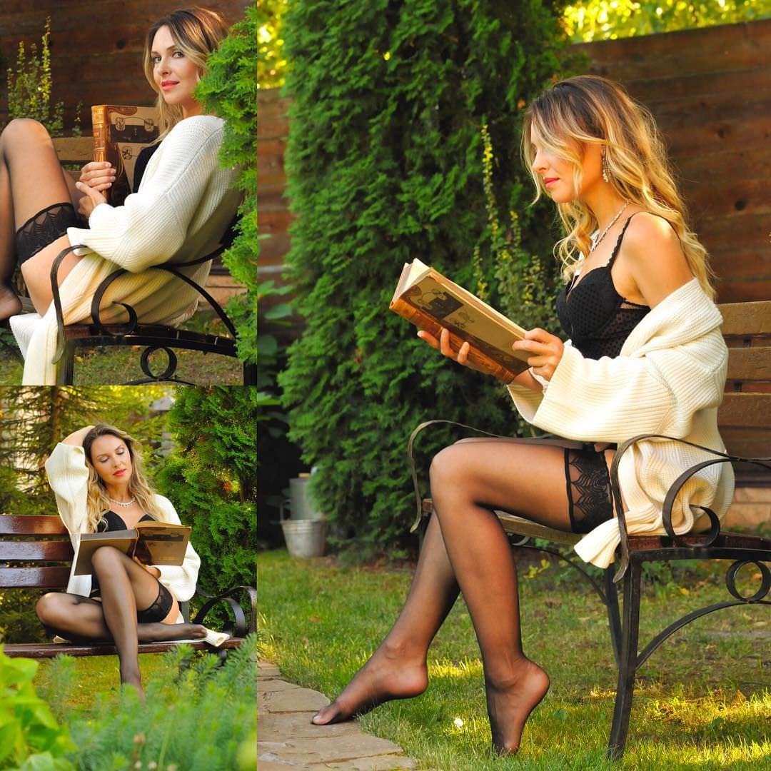 Ольга Фадеева фото в чулках