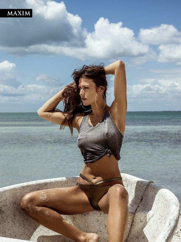 Анна Кастерова фото в лодке