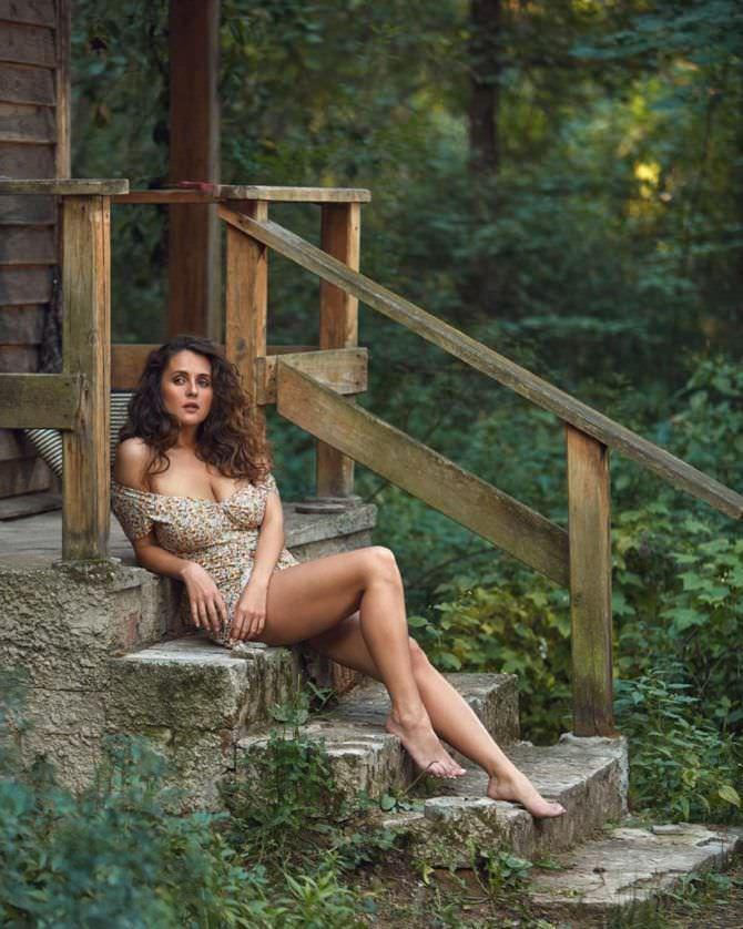 Мария Шумакова фотография в платье для журнала