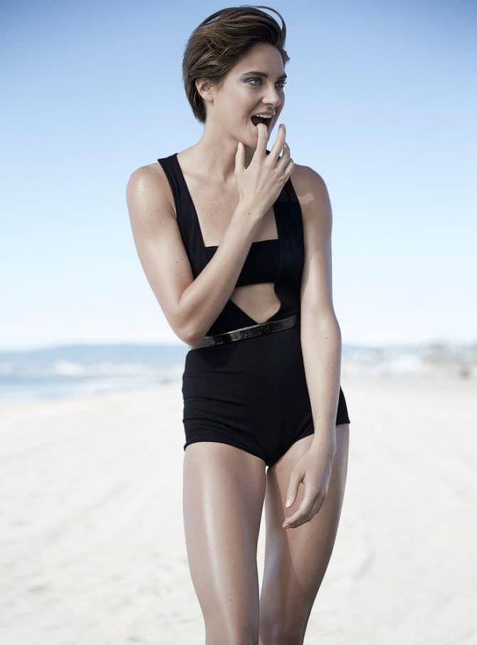 Шейлин Вудли красивая фотосессия в купальнике