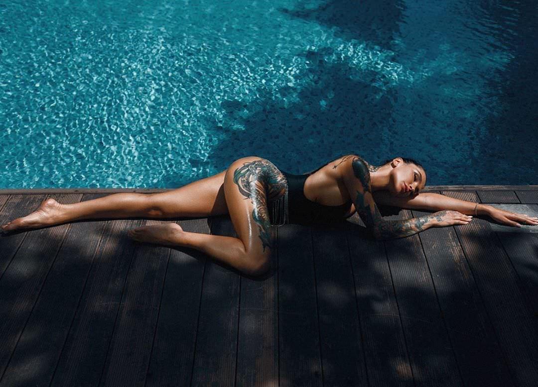 Анжелика Андерсон фото возле воды