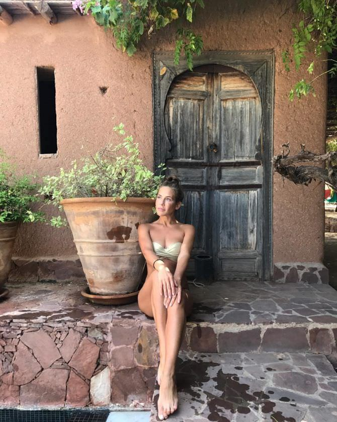 Юлия Барановская фото в  купальнике в инстаграм