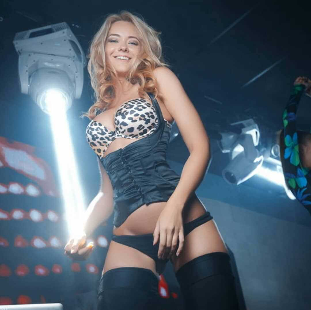 Наталья Немчинова фото в бикини