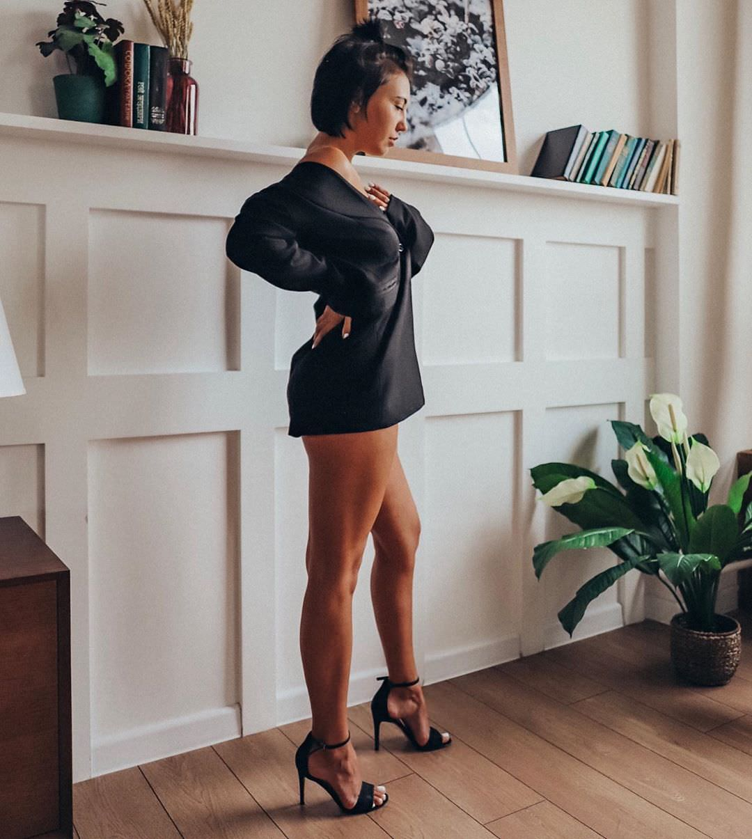Ригина Гайсина фото в босоножках