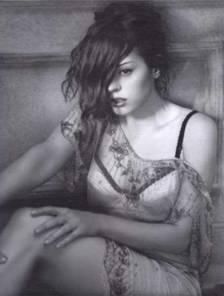 Роуз Макгоуэн фото в белье