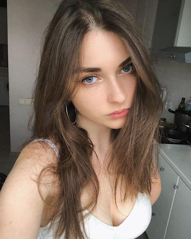 Арина Бердникова фотография в инстаграм