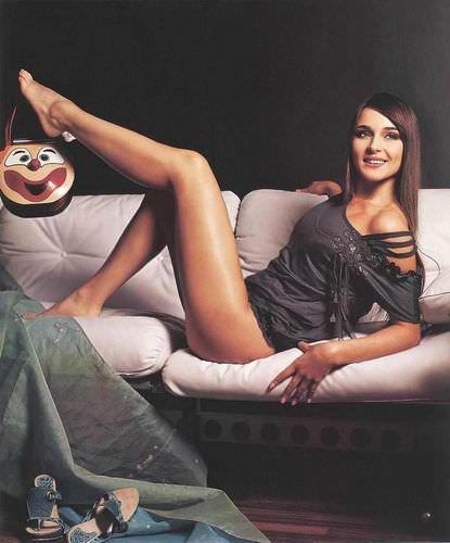 Анна Снаткина фото на диване