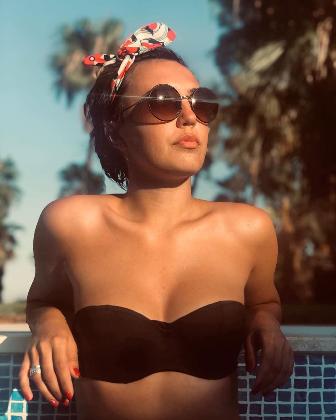 Ригина Гайсина фото с повязкой на голове