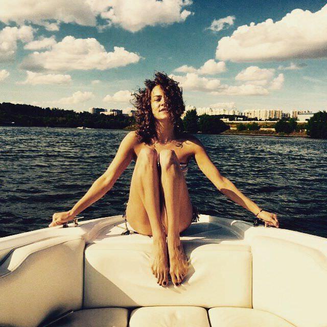 Аглая Тарасова фото катере
