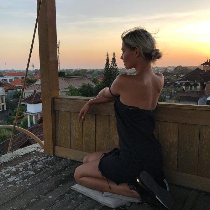 Алеся Кафельникова фото в платье