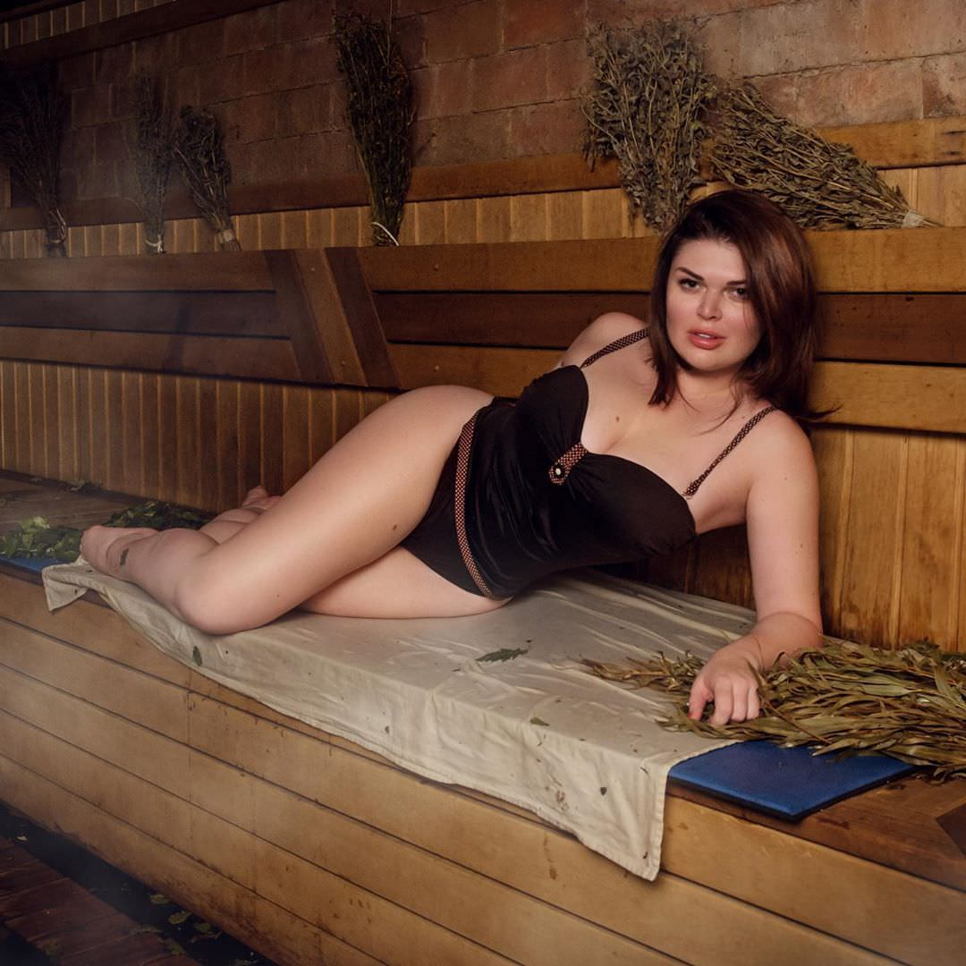 Юлия Рыбакова фото в бане