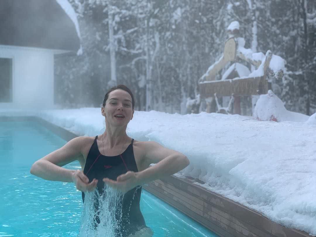Елена Николаева фото в воде