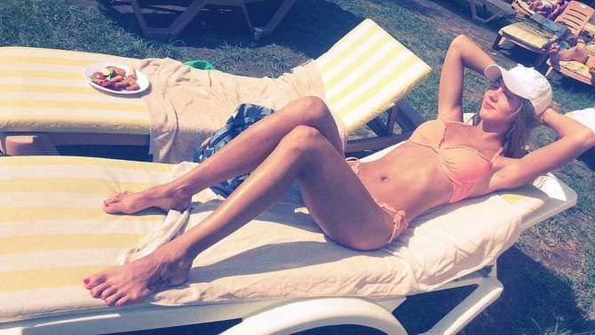 Дарья Пицик фото на пляже в инстаграм