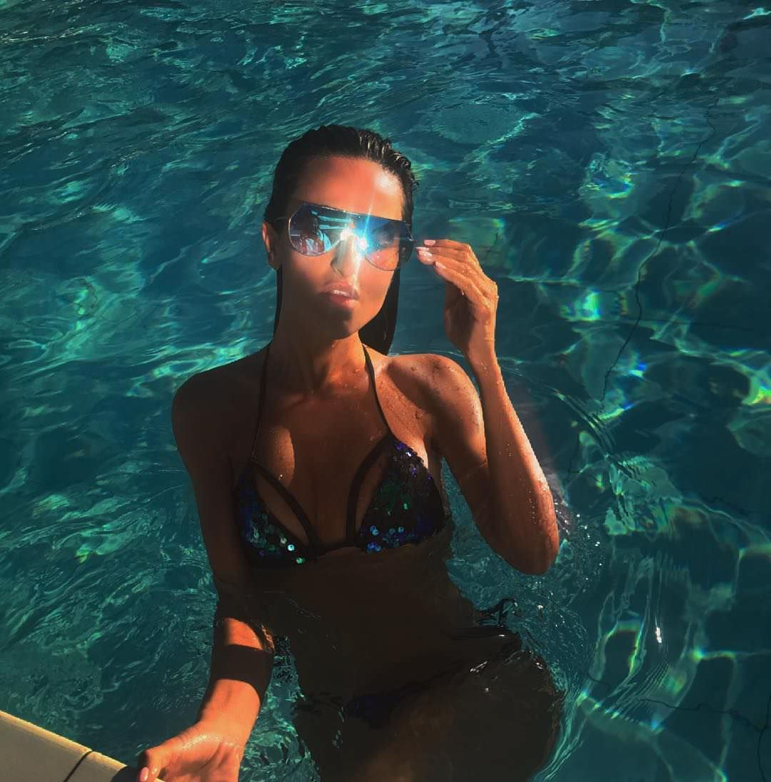 Тамара Турава фото в бассейне