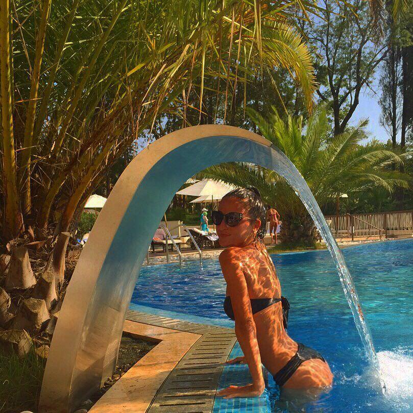 Тамара Турава фото в воде
