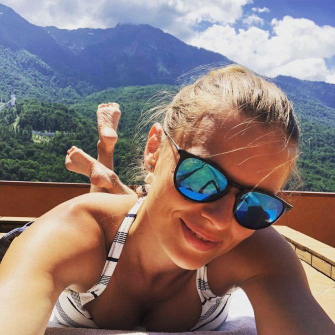 Нелла Стрекаловская фото на отдыхе