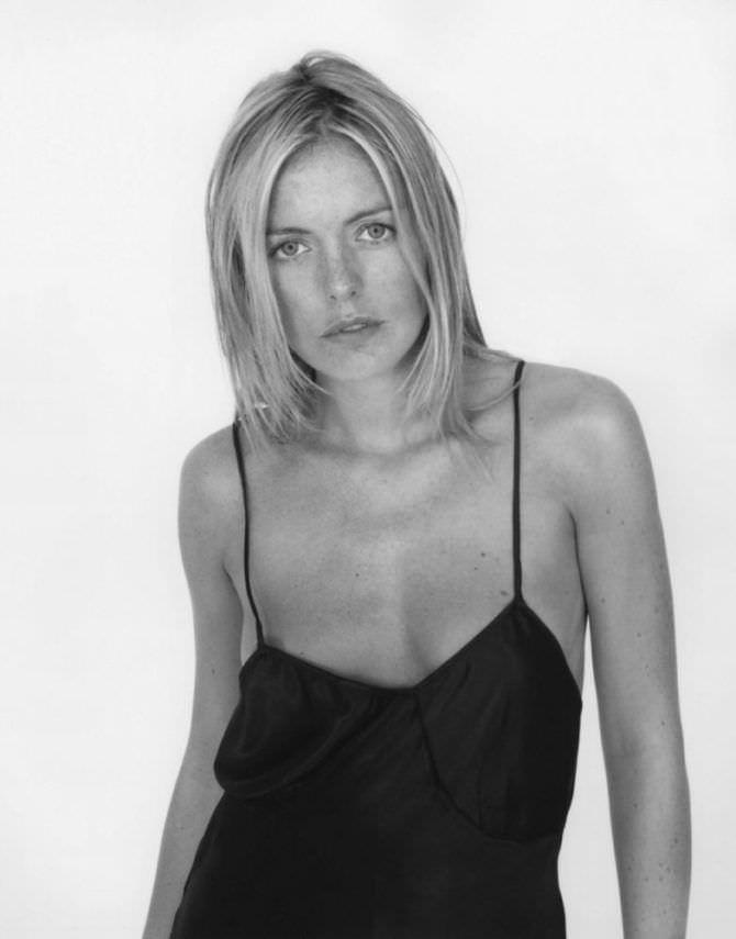 Пэтси Кенсит фото в чёрном платье