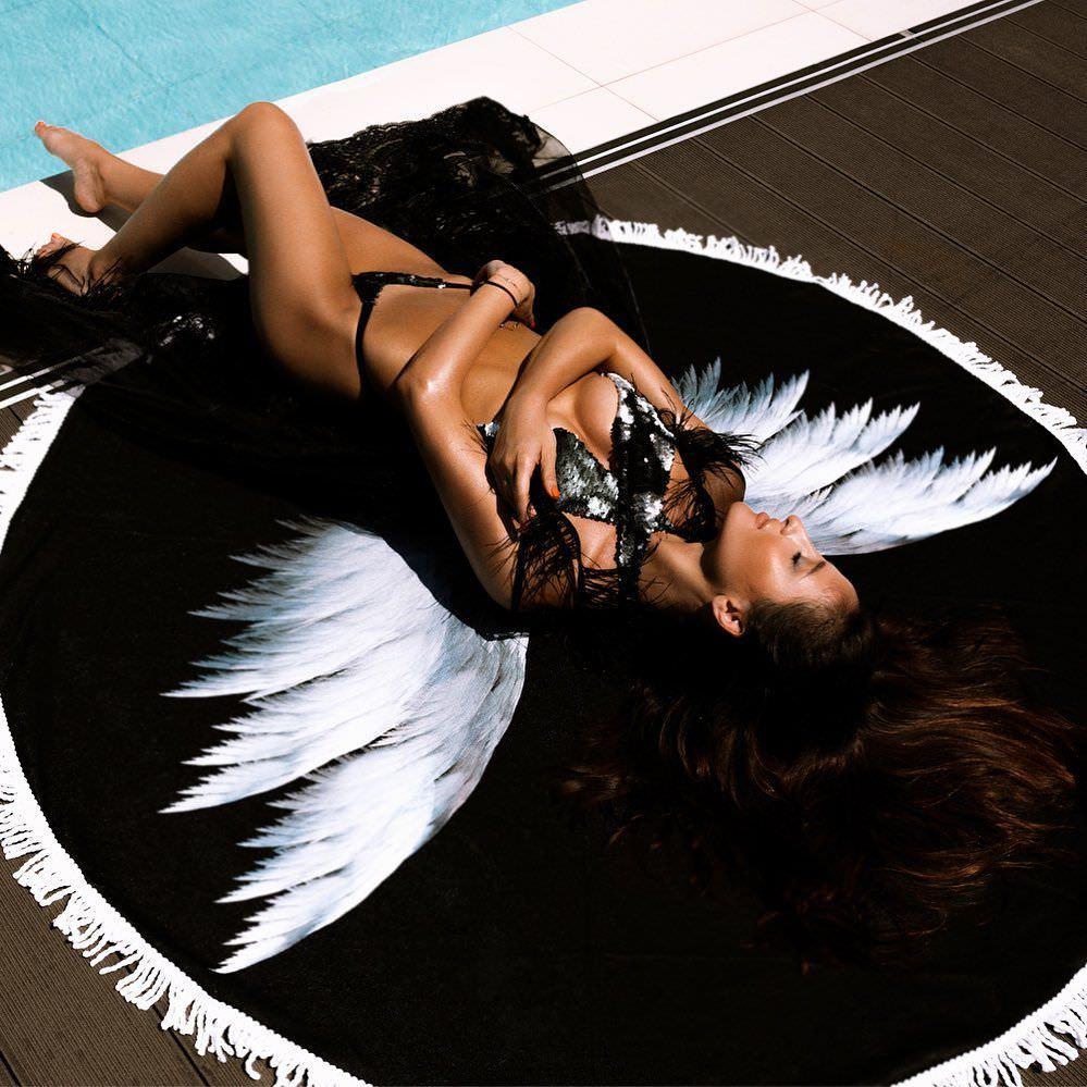 Тамара Турава фото в бикини