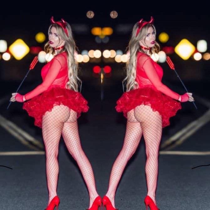 Ана Брага фото в костюме дьявола