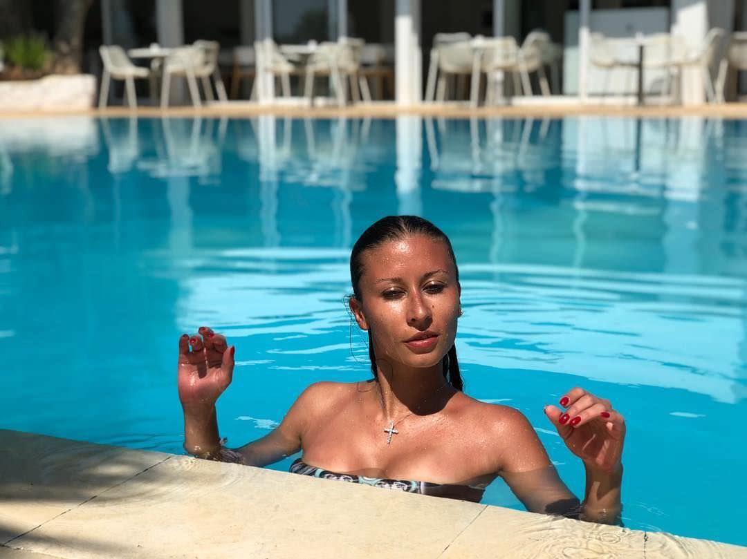 Ольга Подолян фото в воде