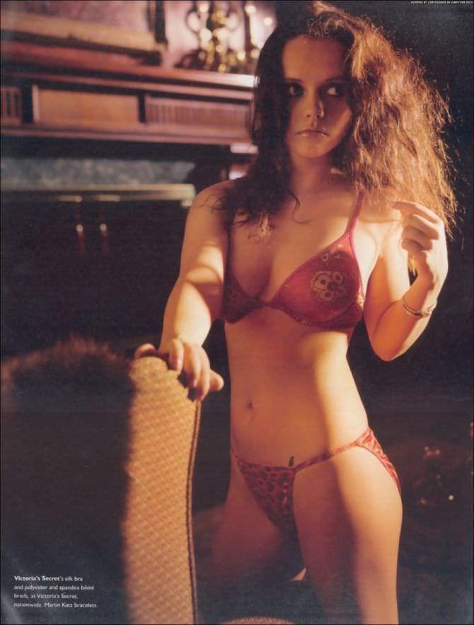 Кристина Риччи фотография в нижнем белье