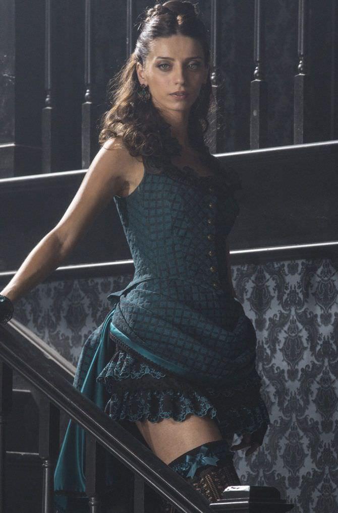 Анджела Сарафян фото из фильма