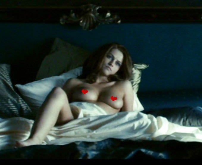 Тереза Палмер фото в постели