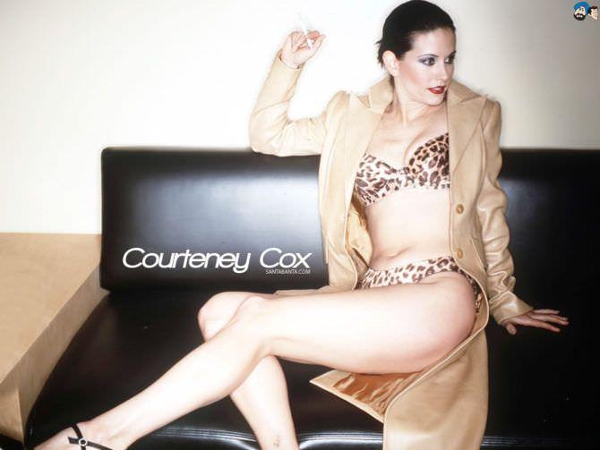 Кортни Кокс фото в леопардовом бикини