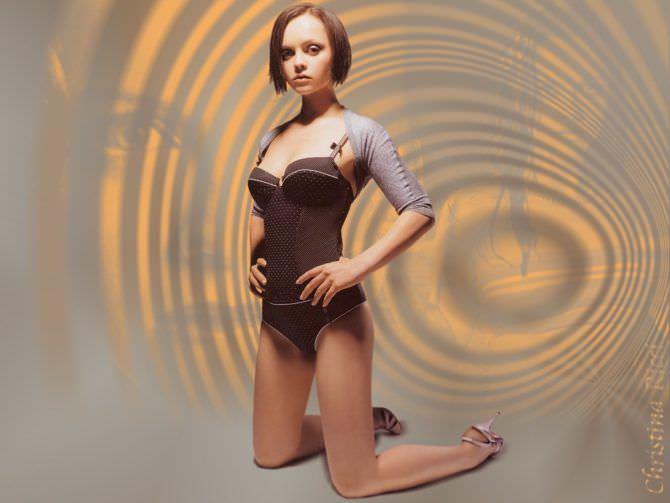 Кристина Риччи фотография в красивом белье