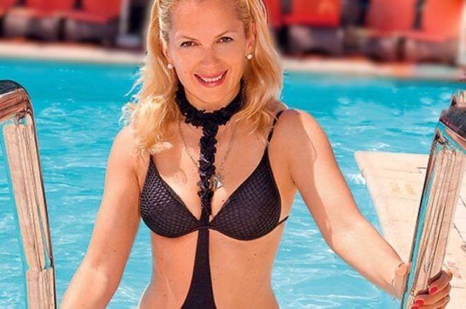 Мария Порошина фотография в чёрном купальнике