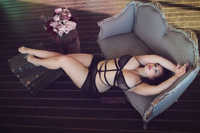 Светлана Каширова фото в белье с ремешками
