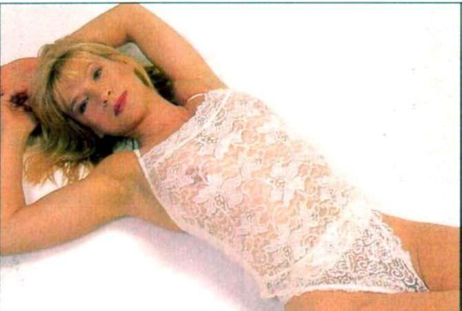 Синтия Ротрок фото в кружевном нижнем белье