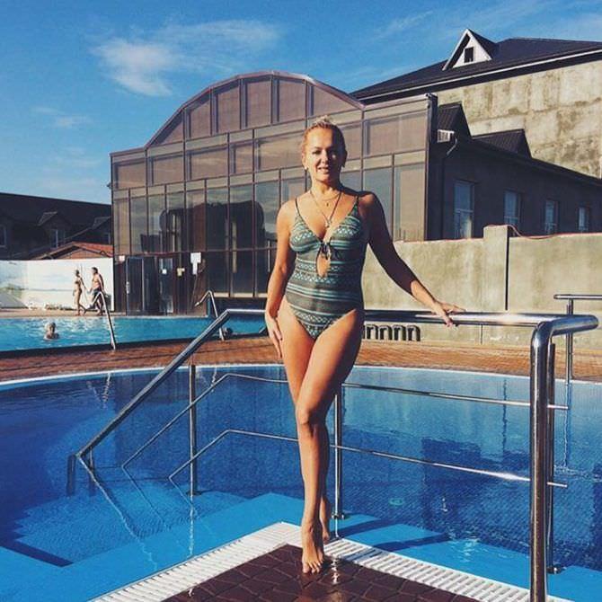 Мария Порошина фото в купальнике на отдыхе