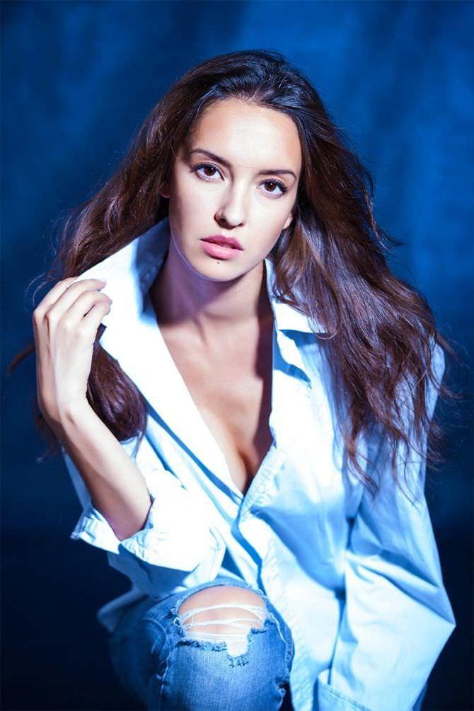 Татьяна Храмова фото в белой рубашке