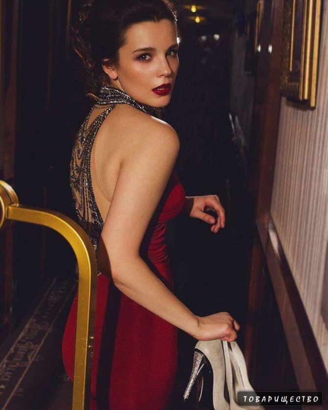 Ксения Лукьянчикова фотосессия в платье