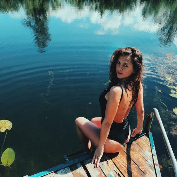 Мария Шумакова фотография на пирсе