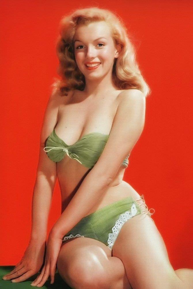 Мэрилин Монро фотов молодости в купальнике