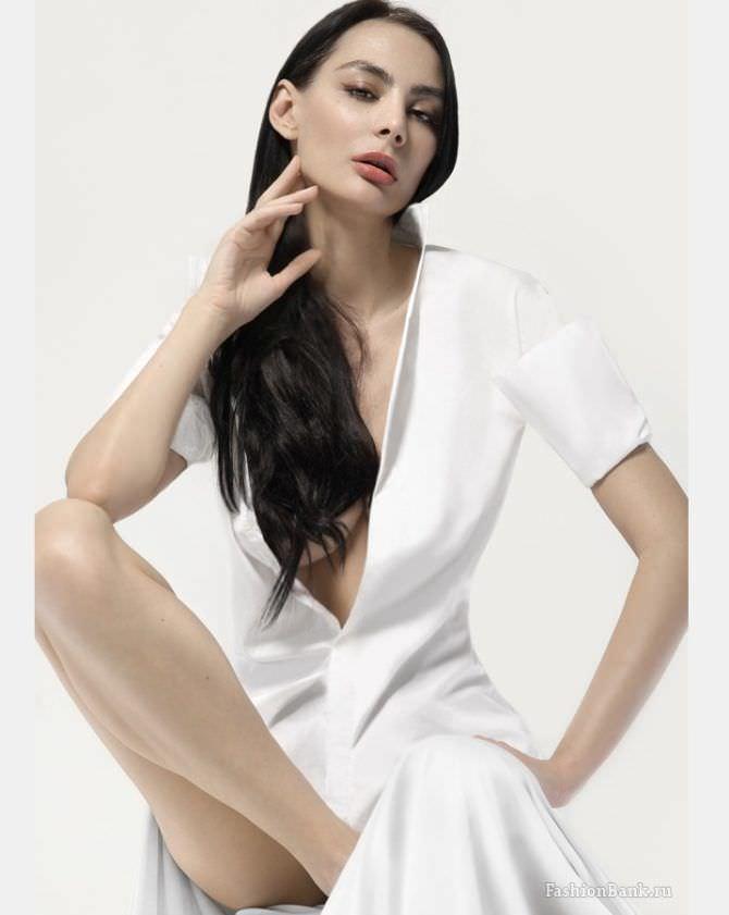 Ника Вайпер фотография в белом платье